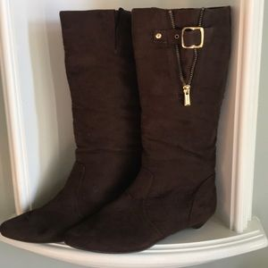Chinese Laundry CL Boots NWOB Brown  SZ 8